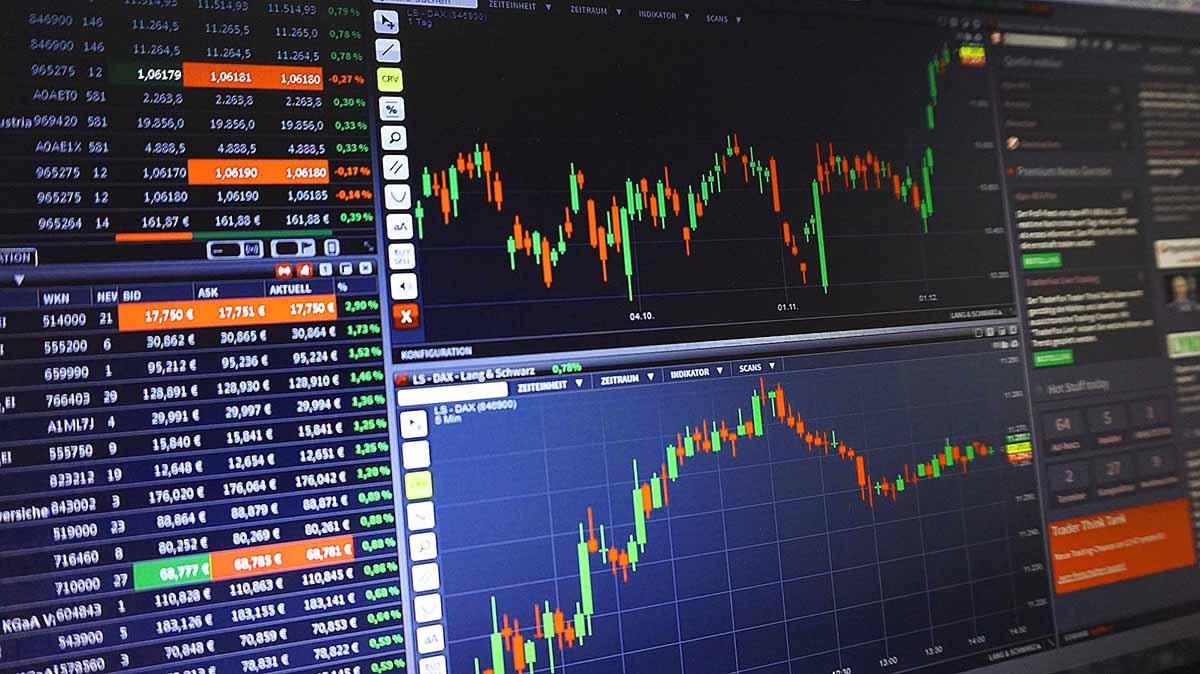 IBM-Aktie bricht um sieben Prozent ein