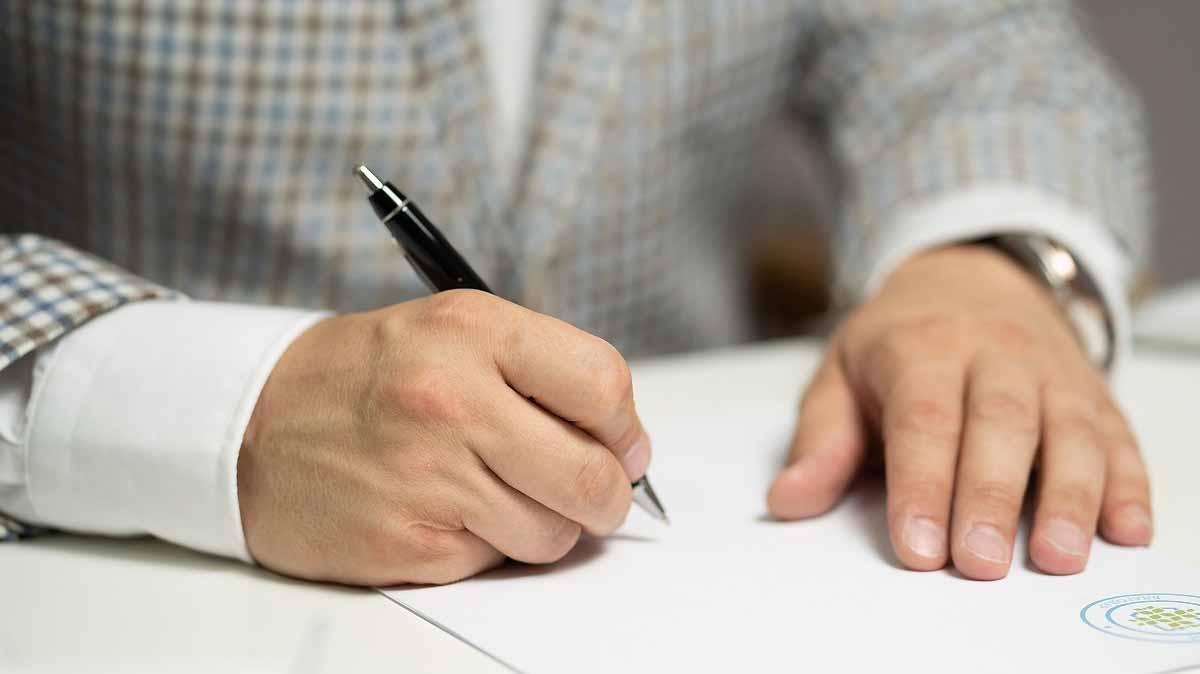Der Schuldschein – eine alternative Finanzierungsform für den Mittelstand. Interview mit Rechtsanwalt Dr. Gero Kollmer, CML Equity LLP