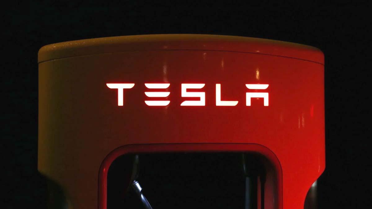 Tesla stoppt Bitcoin als Zahlungsmittel