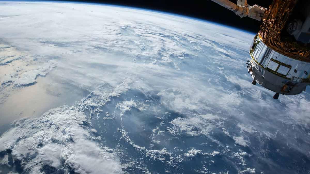 Richard Branson hofft auf Tourismus im Weltraum